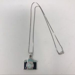"""CUTE PHOTOGRAPHY """"CAMERA"""" CHARM NECKLACE 18"""""""